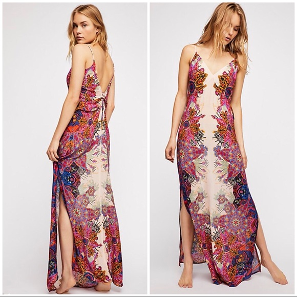 d846f0543fd Free People Wildflower Printed Maxi Dress